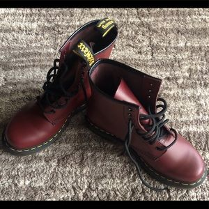 Like new Dr. Martens 1460 Cherry red